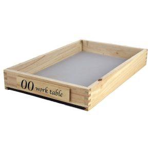 00 mesa de trabajo pequeña (48 x 30 x 7 cm)